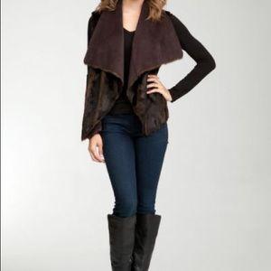 Reversible drape faux fur vest brown